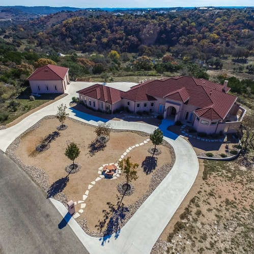 517 Settlers Way front exterior aerial view